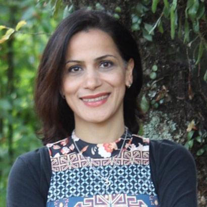 Dr Fifi Zaefarian
